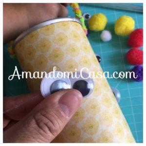 Canasta de conejo para huevos de pascua
